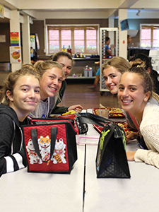 Campus dining, middle school at HPA